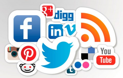 Social networking features: comparing PoP with Facebook, Twitter, Reddit, Digg and Medium